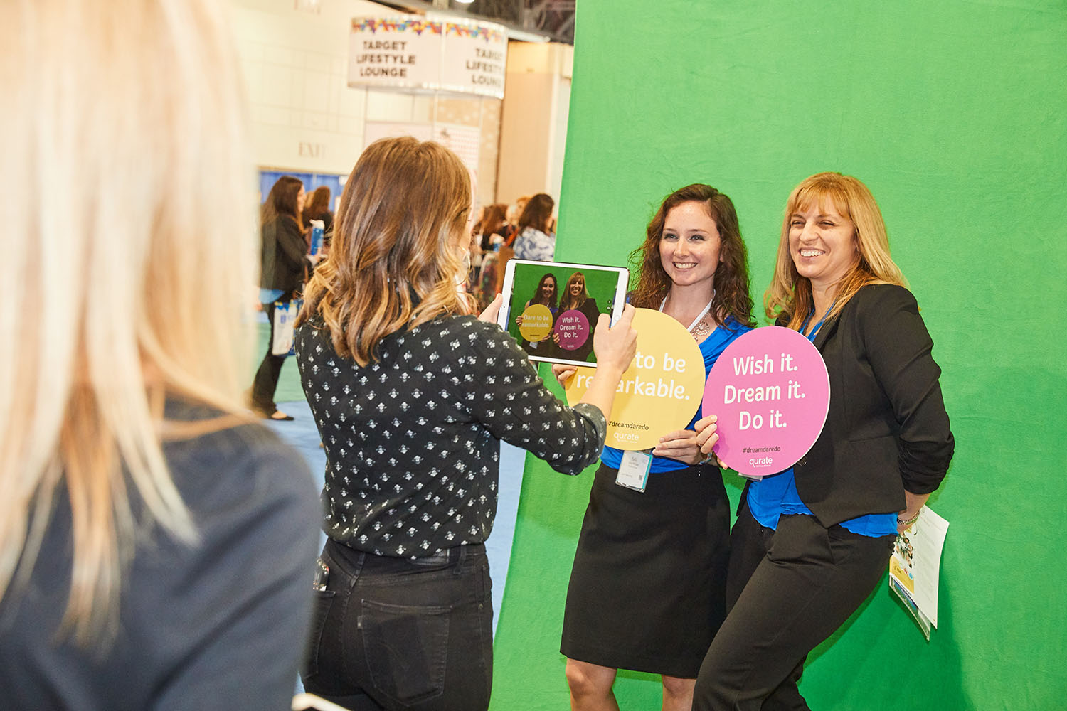 Image 1_PA Conference for Women attendees particpate in Qurate Retail Group's #dreamdaredo social activation.